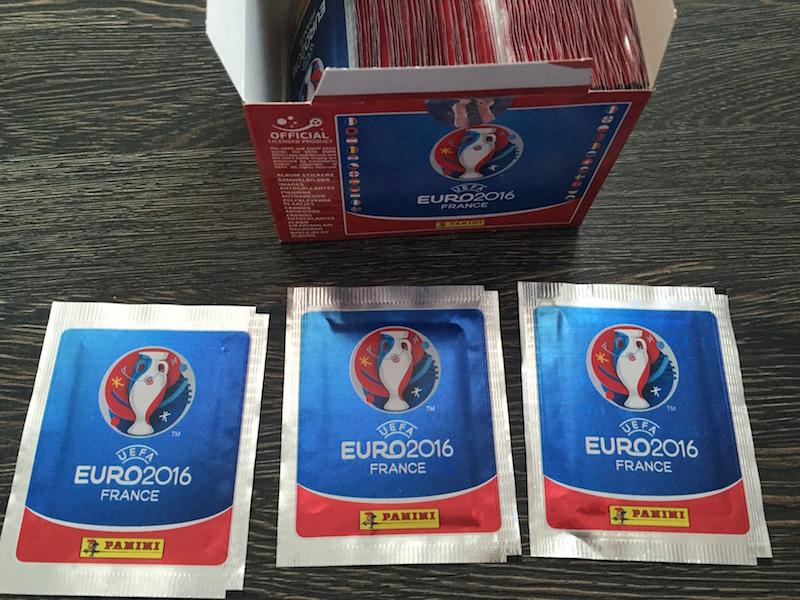 100 de pliculete Panini Euro France 2016